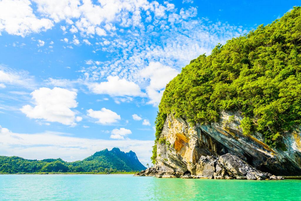 Beautiful Island with Lagoon - Honeymoon destinations